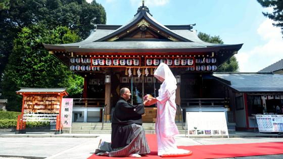 Alessandro e Alice, sposi in Giappone